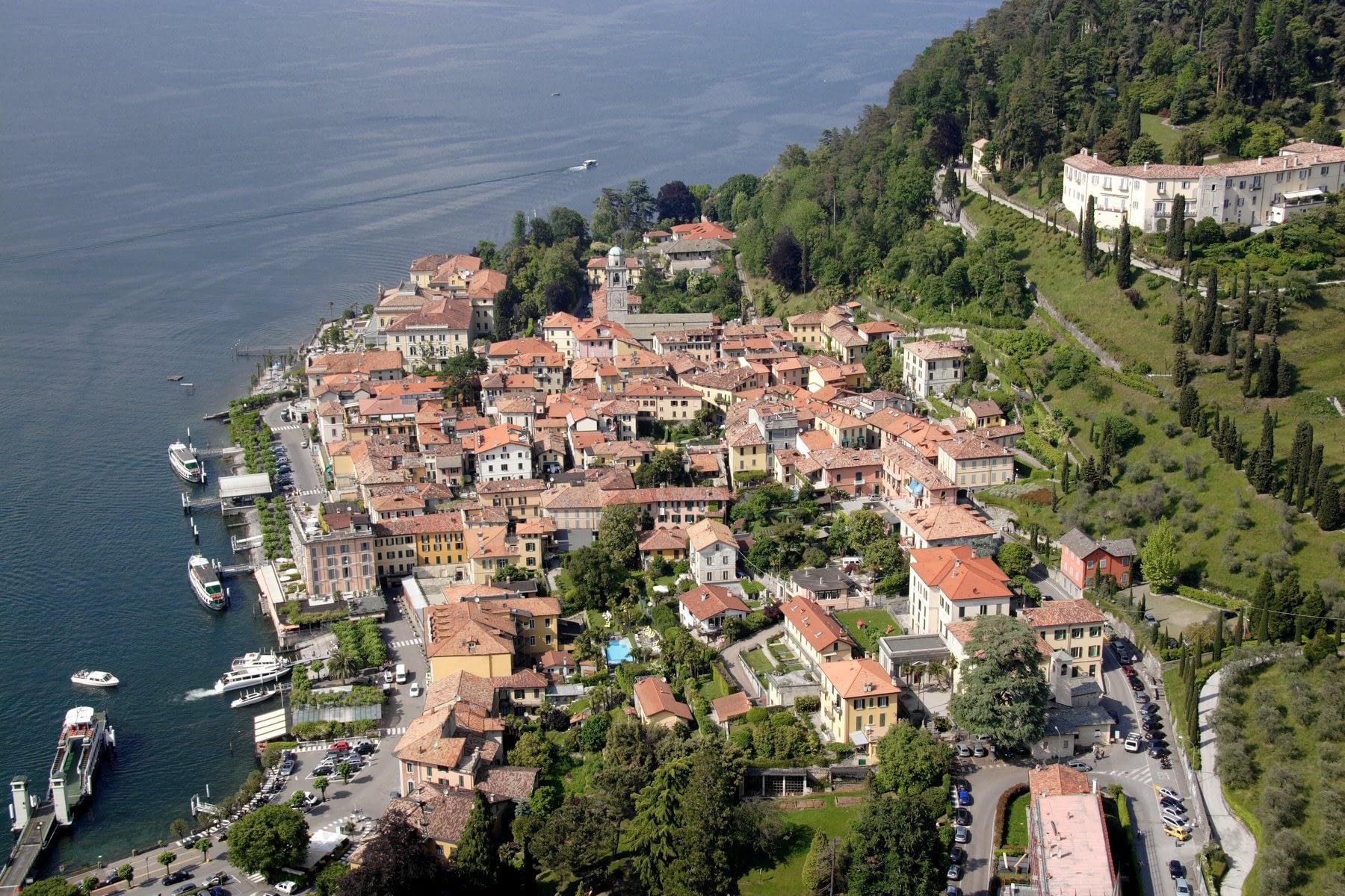 Veduta aerea del Centro di Bellagio con Villa Serbelloni