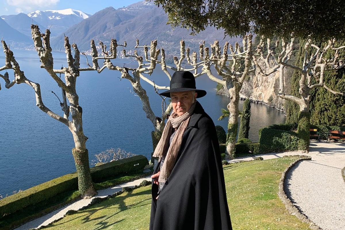 Davide Van De Sfroos - Il Mythonauta - Rai 2 - Villa del Balbianello, Lago di Como